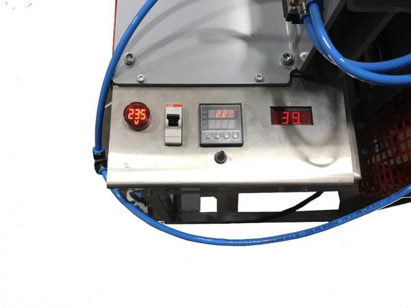 Станок для стыковой сварки пластиковых листов ССПЛ, панель управления температурой и сварочным давлением (усилием)